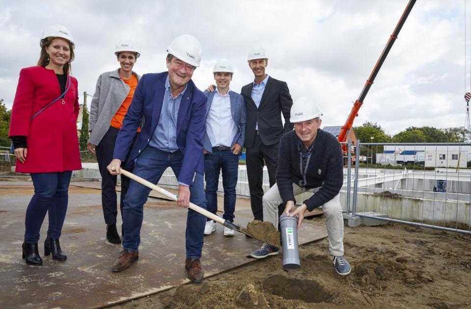 tandartsenpraktijk benedenti herentals nieuwbouw bouwbedrijf mathieu gijbels oudsbergen limburg eerste steen